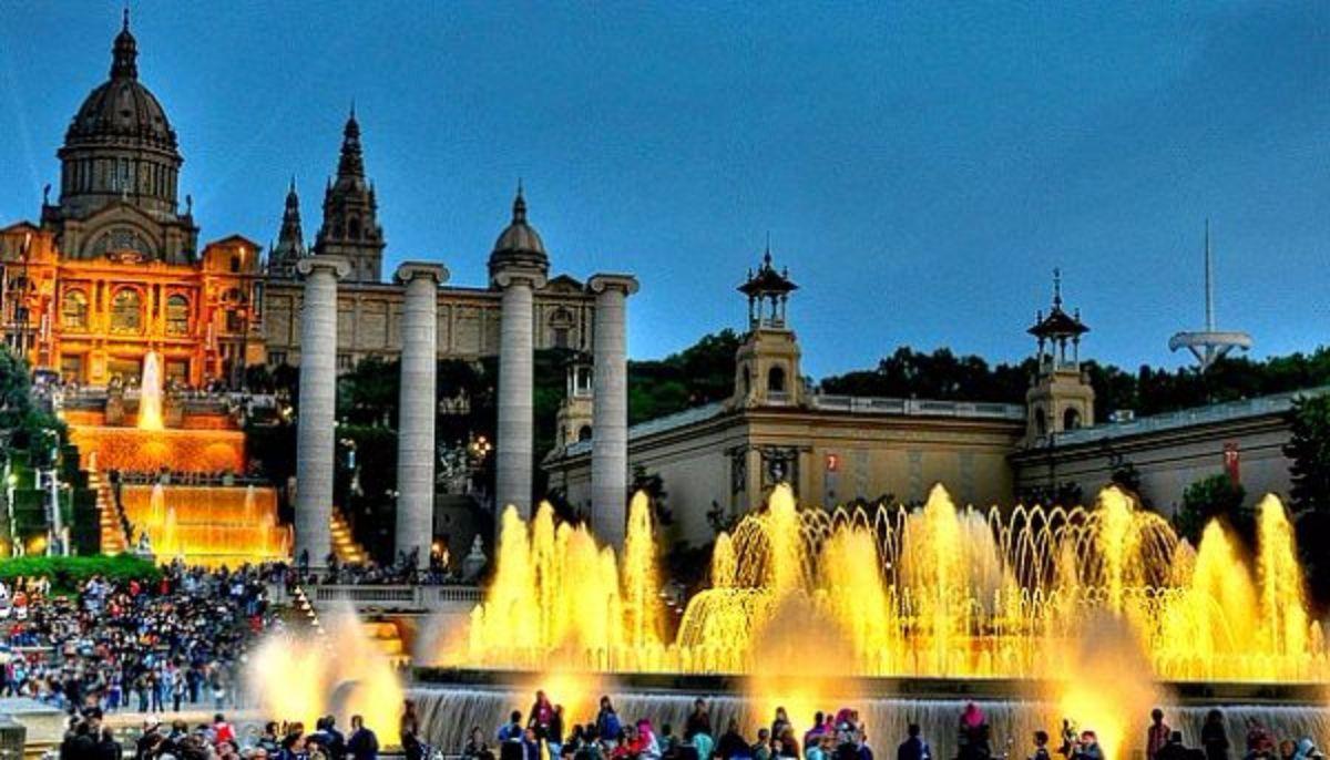 Vesping_Barcelona_Fuente_Magica
